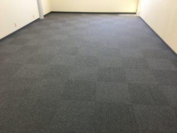 鈴鹿市 E教室 床改修工事